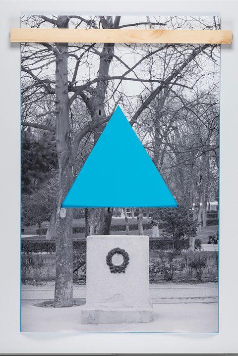 Monumento triángulo